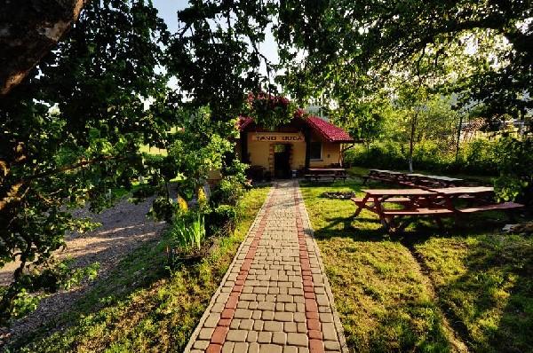 Sala kominkowa Tanc-buda i miejsce na ognisko