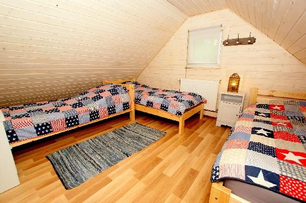 Domek 7-dmio os. z kominkiem-sypialnia
