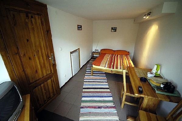 pokój 2-osobowy z tarasem i oddzielnym wejściem, całoroczny