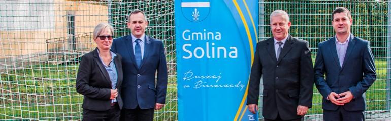Otwarcie boiska przy szkole w Wołkowyi